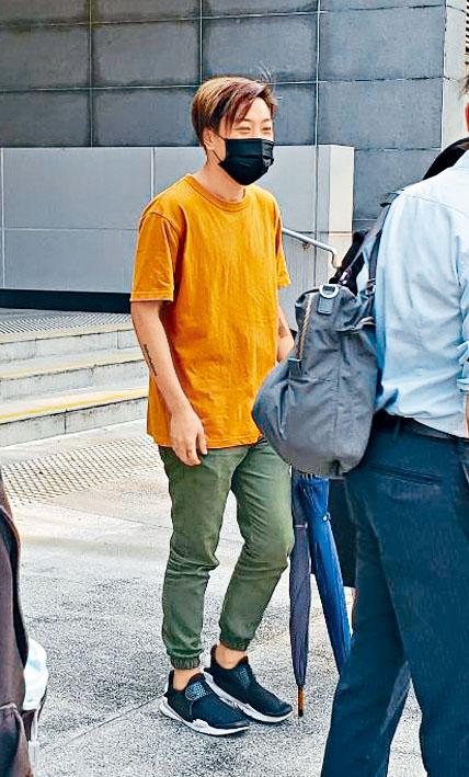 二十一歲被告鄧智樂改判即時監禁五星期。