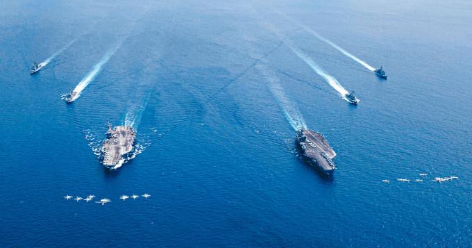 美國兩個航母戰鬥群到南海演習。