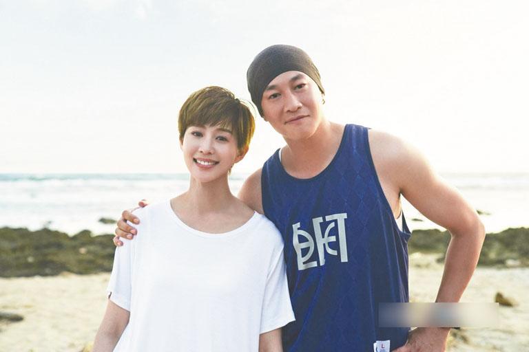 張鈞甯(左)與何潤東(右)