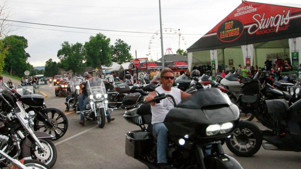 南達科他州年度電單車集會如期舉行。美聯社