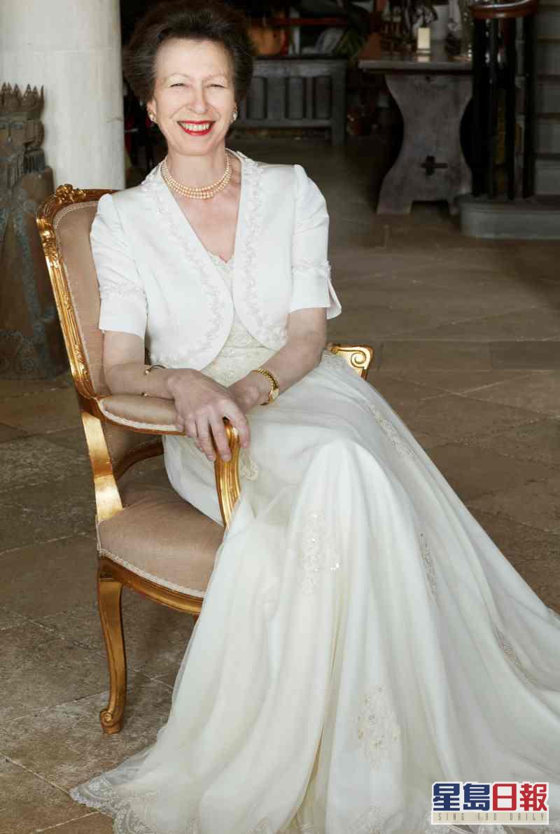 王室發布了3張安妮近照。AP