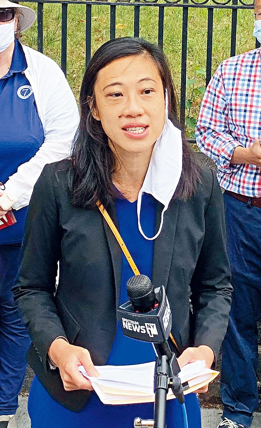 法拉盛20選區市議員選戰最激烈,黃敏儀將與多位華裔和不同族裔競爭民主黨提名。
