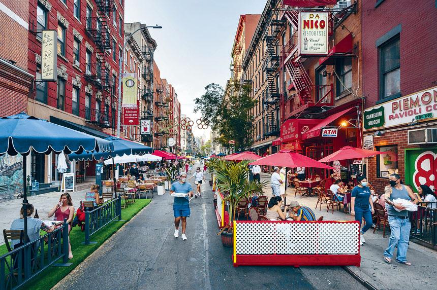 柯謨指責紐約市警無視酒吧和餐館的新冠執法工作。Karsten Moran/紐約時報