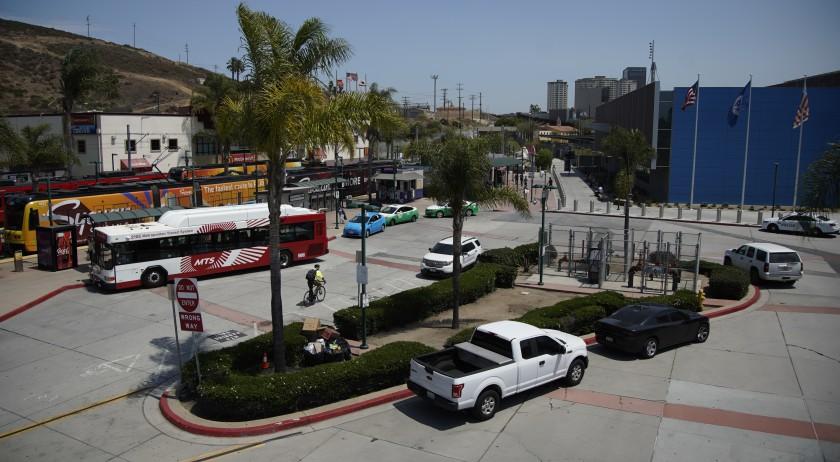 美墨邊防聖伊西德羅入境口岸將開設新冠病毒測試站點,希望減緩聖縣南部的疫情。洛杉磯時報/ San Diego Union-Tribune
