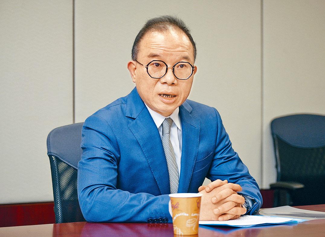 香港政制及內地事務局長 曾國衛