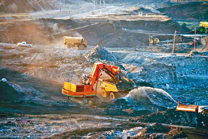青海大規模非法採礦,嚴重破壞祁連山生態。