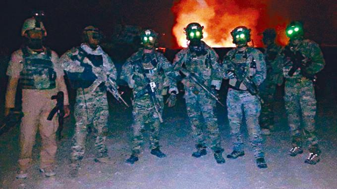 英軍特種部隊和阿富汗突擊隊二○一五年參加一場戰鬥。