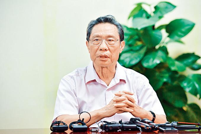中央決定鍾南山為「共和國勛章」建議人選。