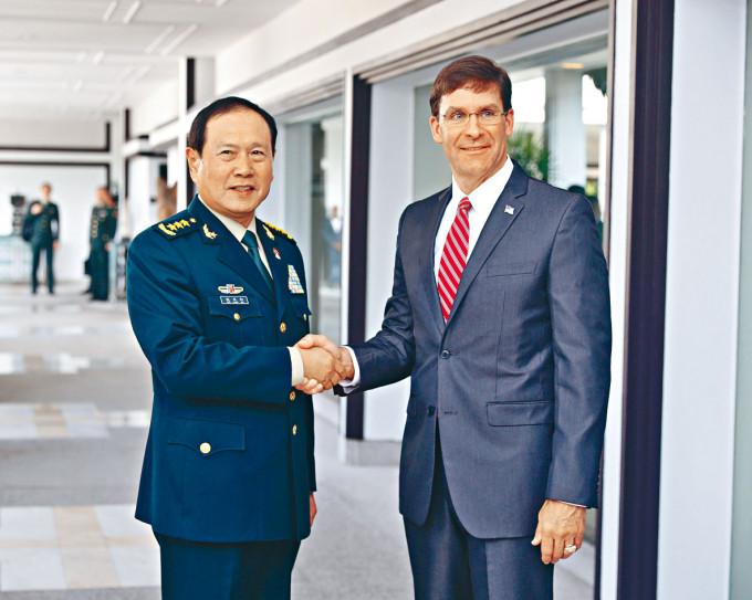 魏鳳和去年底曾和埃斯珀會晤。