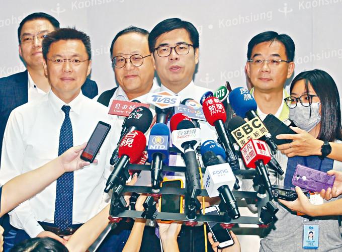 陳其邁申報財產只有十三萬新台幣,引起社會關注。
