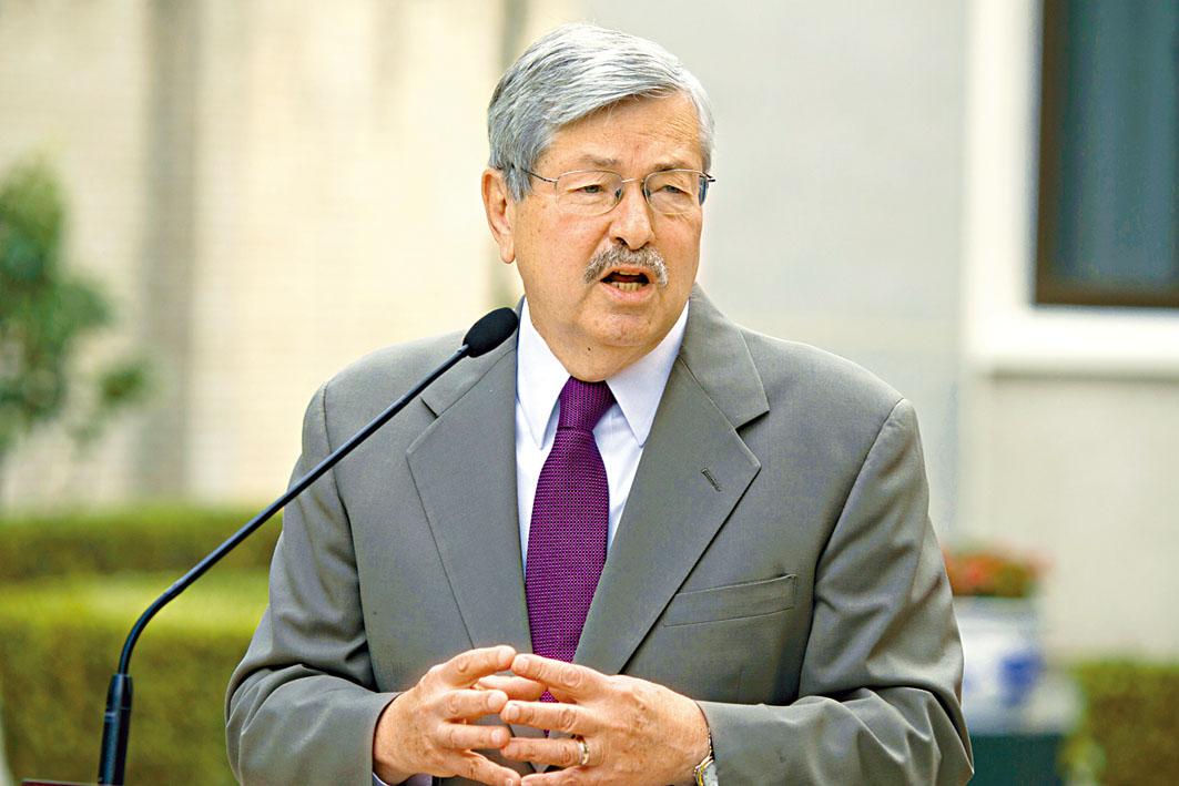 美國駐華大使布蘭斯塔德將於十月初卸任。美聯社