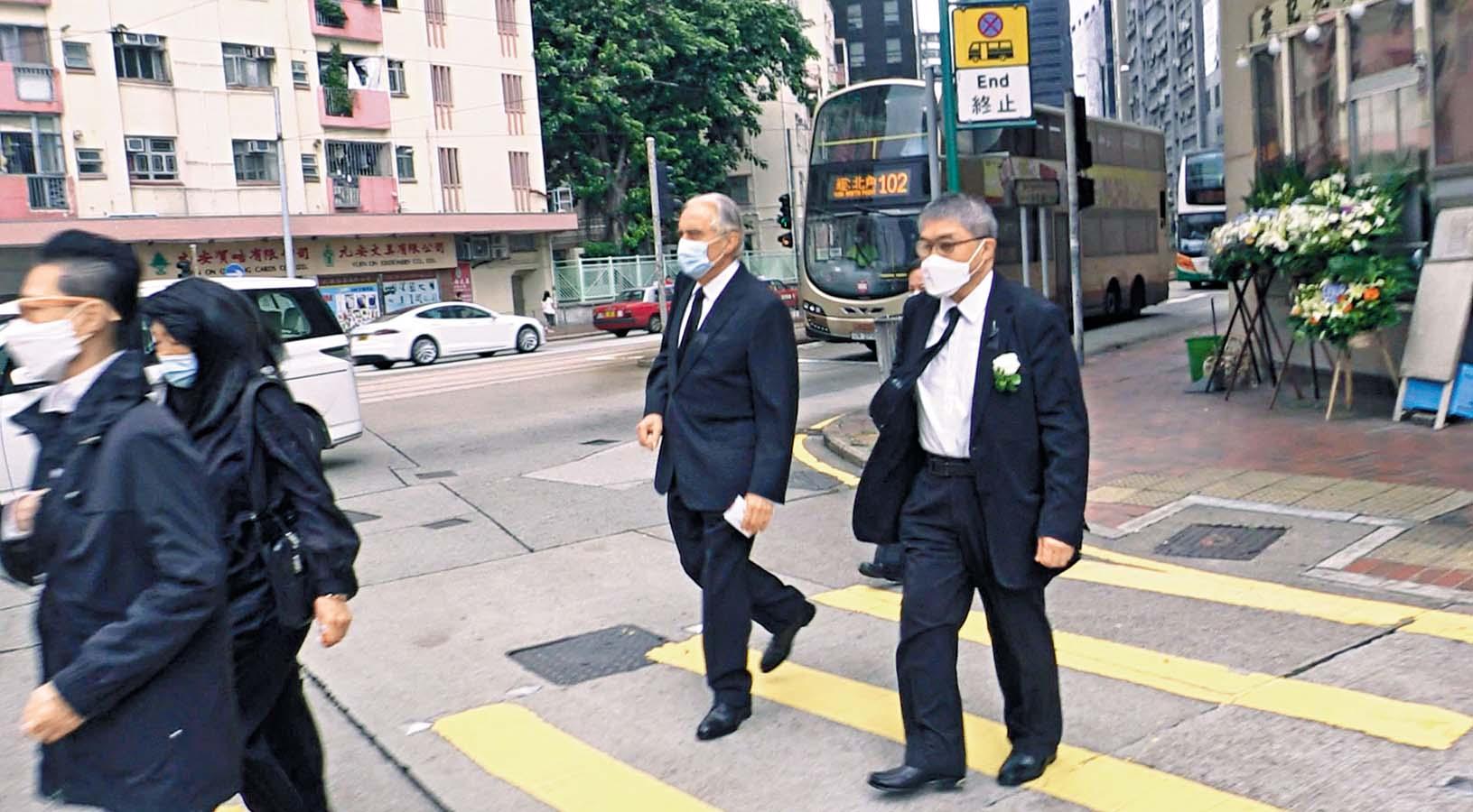 霍英東第三子霍震宇(右)。
