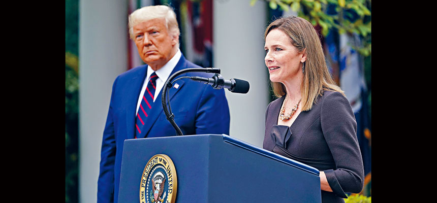特朗普在玫瑰園宣布提名現任聯邦上訴庭法官巴瑞特,填補已故大法官金斯伯格的遺缺。美聯社