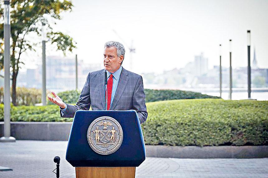 白思豪記者會發布一份紐約復甦計劃。