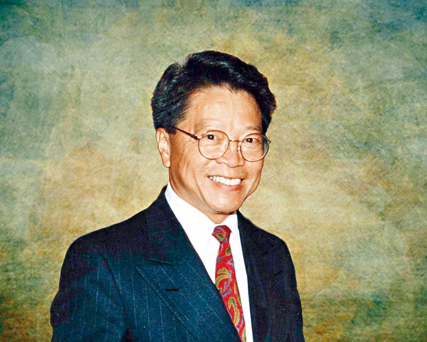 華裔資深律師黃復興。