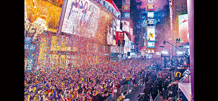 今年除夕倒數活動將不設現場觀眾,是114年來首次。圖為往年慶祝盛況。網上圖片