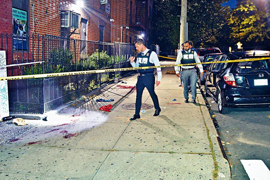 柯謨指出,紐約市槍擊案件受害者按年上升103%。Lloyd Mitchell/紐約時報