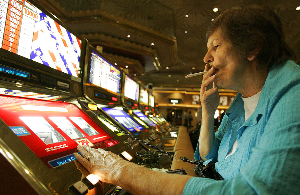 賭城過去隨處可見遊客吸煙,但現在許多賭場已開始實施禁煙規定。美聯社