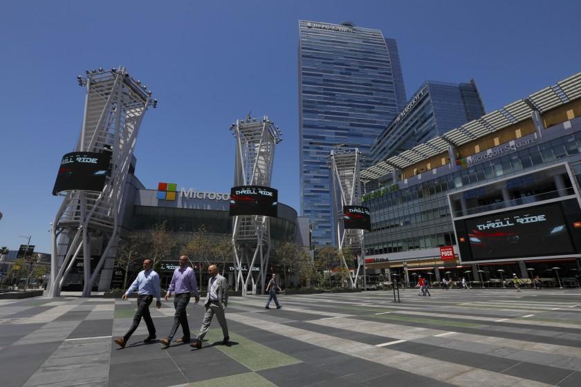 市中心娛樂中心L.A. Live的兩家酒店並未參加「Roomkey」項目。洛杉磯時報