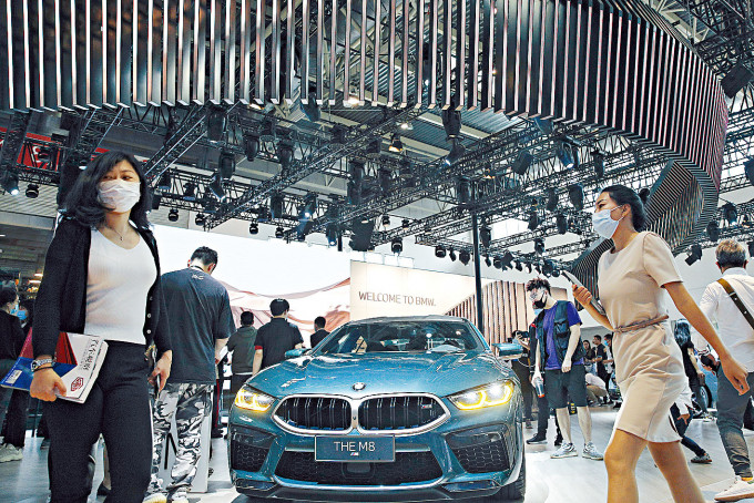 中國內需潛力巨大。圖為正在北京舉行的大型車展。