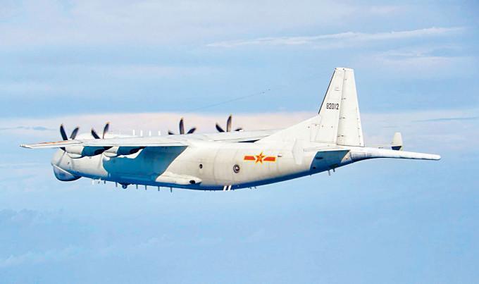 大陸「運8」軍機昨天飛近台灣。