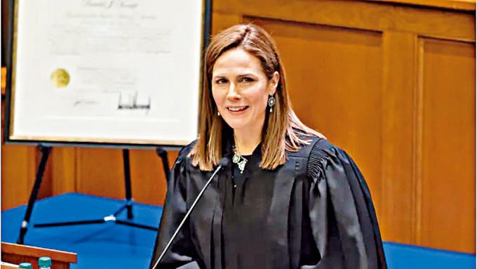 美國上訴法院女法官巴雷特。