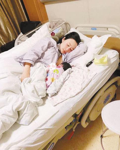 張紀中現任妻子杜 星霖宣布生下女兒。網上圖片