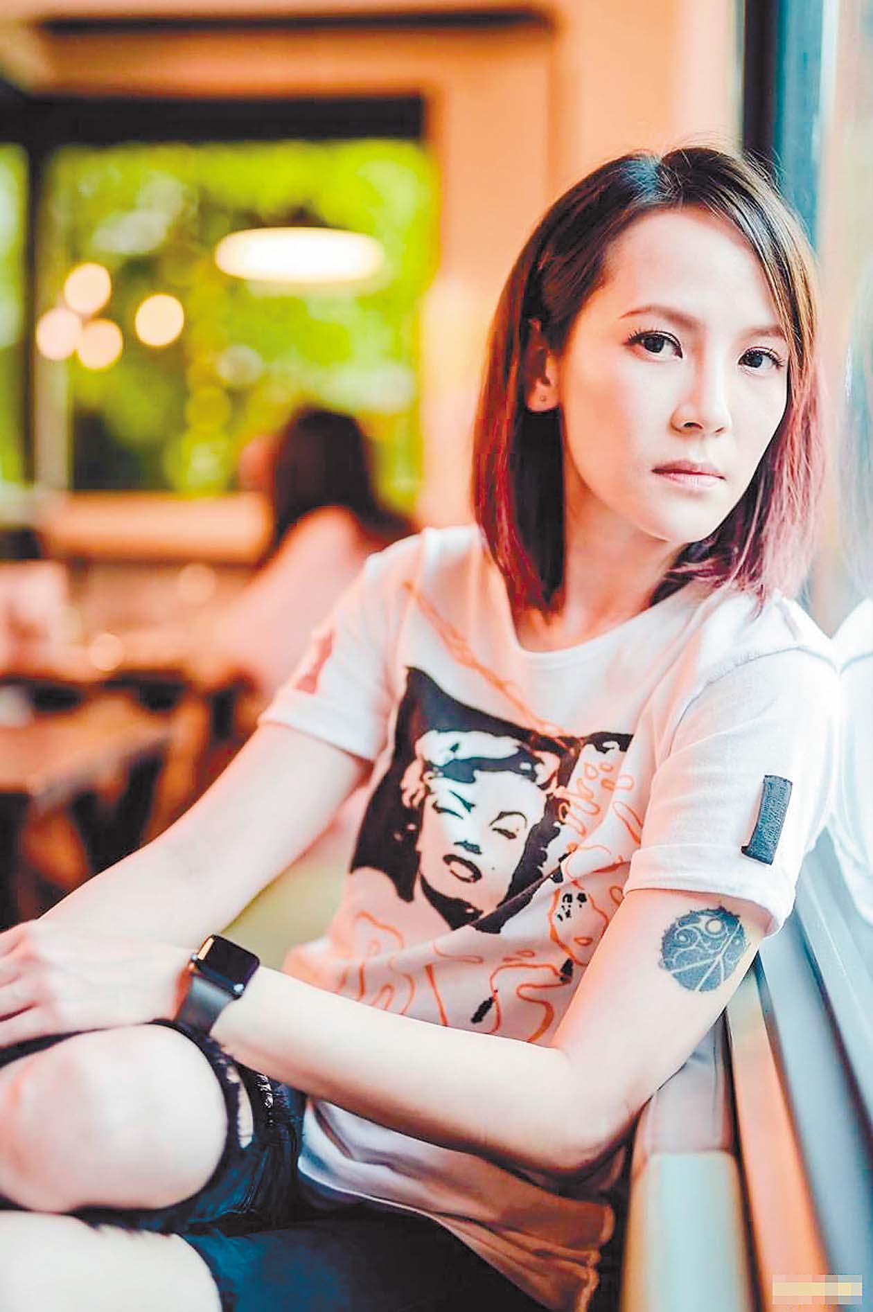 ■楊乃文今年第4度入圍金曲最佳女歌手,她日前 受訪時表示,自己不迷信,所以不會準備幸運物。 網上圖片
