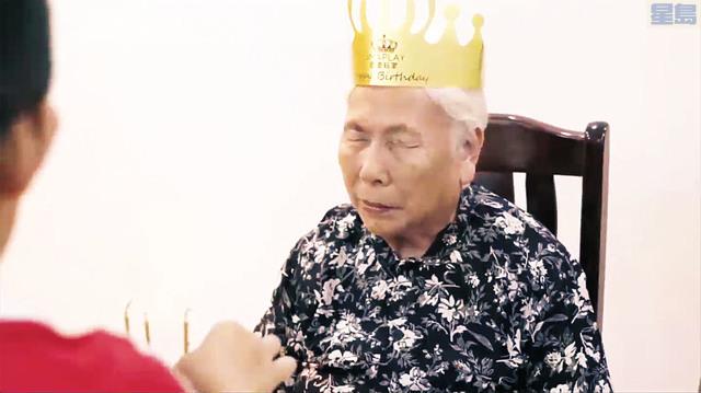 來自中國的倖存者「彭奶奶」分享與親友共度生日的影像,並許下「希望世界和平」的生日願望。記者張曼琳截屏