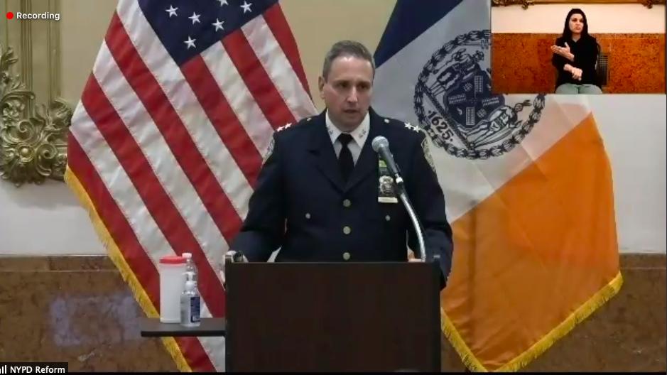 ■市警曼哈頓南區警民交流會議於周四晚舉 行。