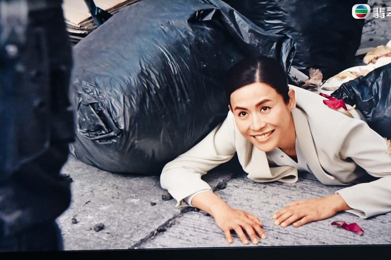 宣萱在《陀槍師姐2021》中與陳 豪有感情綫。