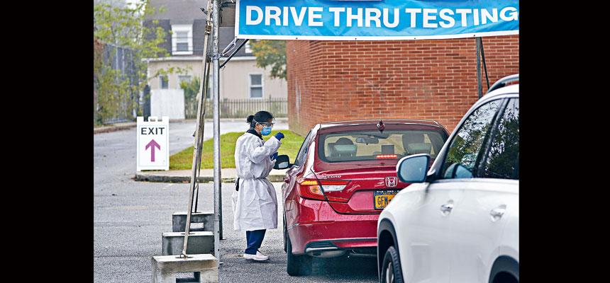 柯謨正關注鄰近州新冠疫情似有回升的情況,將加強追蹤工作。美聯社