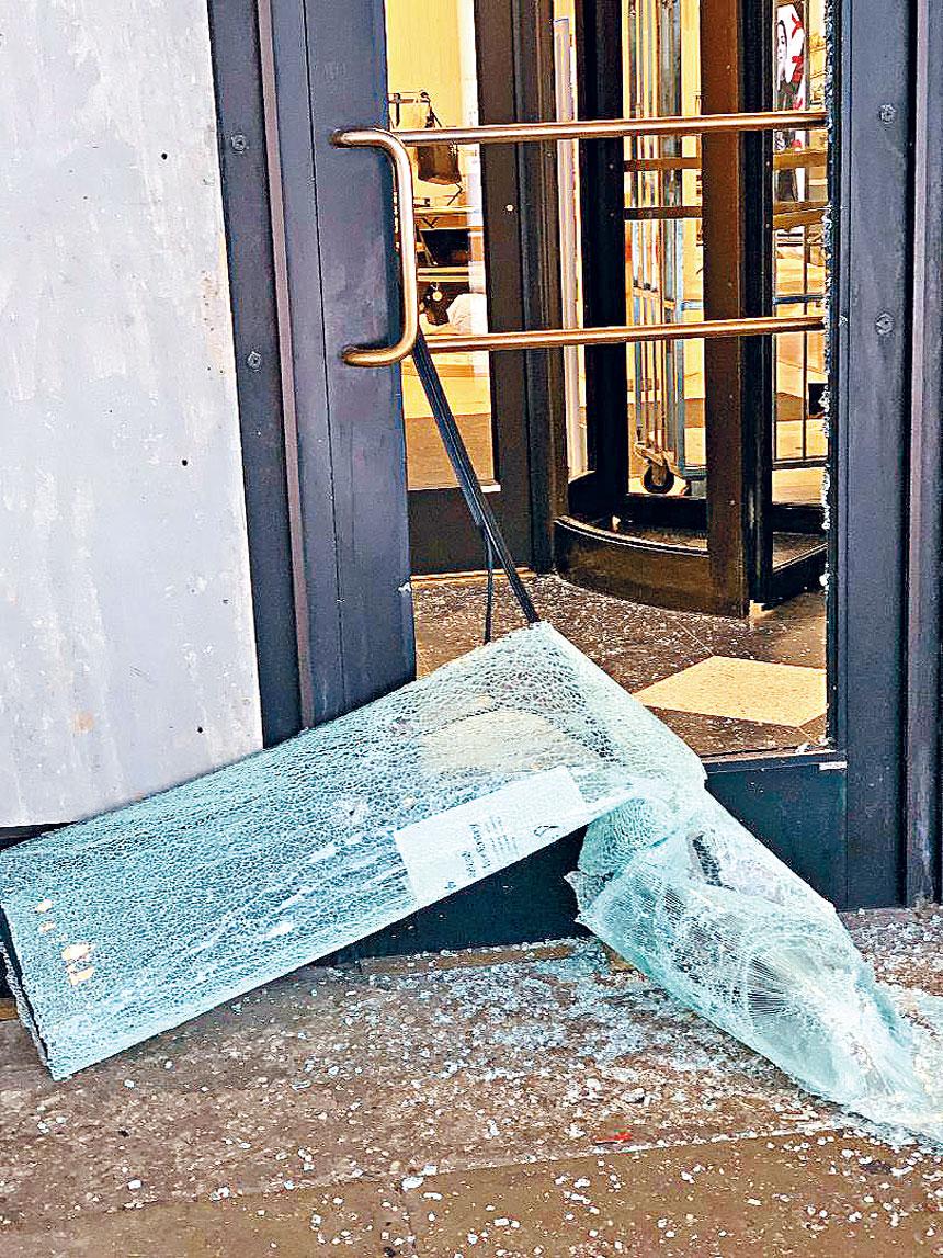 今年芝市遭受到兩次暴力打砸搶事件,導致芝加哥的經濟進一步的惡化。 梁敏育攝