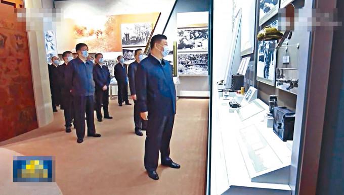 習近平率領高層在北京參觀抗美援朝展覽。