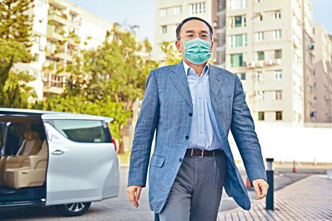 財庫局局長許正宇指新冠肺炎疫情影響全球經濟,香港難以獨善其身。
