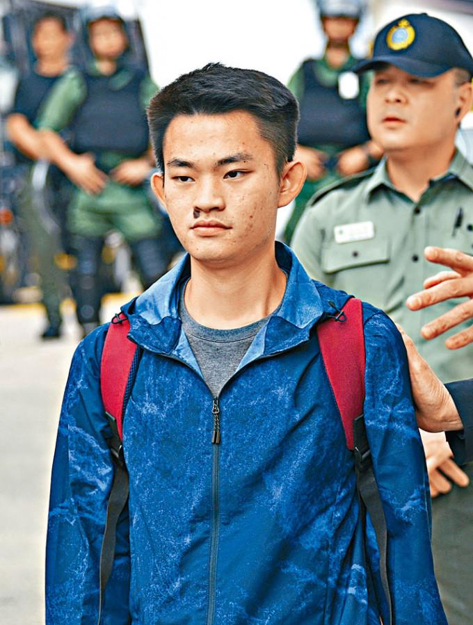 保安局發聲明指,解決事情的第一步是台方批准陳同佳入境。