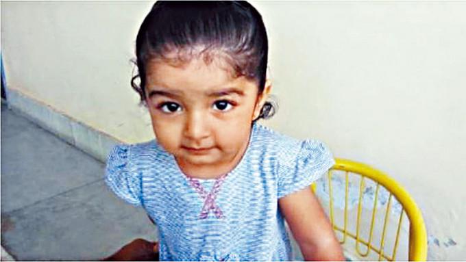 印度首個救命寶寶卡芙雅。