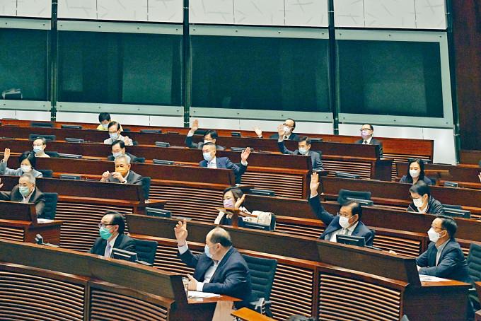 《成文法》草案昨日通過,是立法會延任後首個三讀通過的法案。