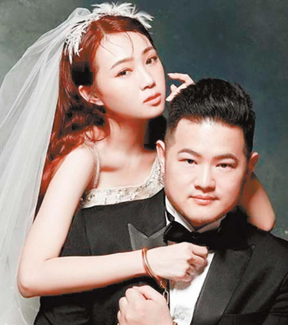 丫頭(左)和老公(右)結婚照