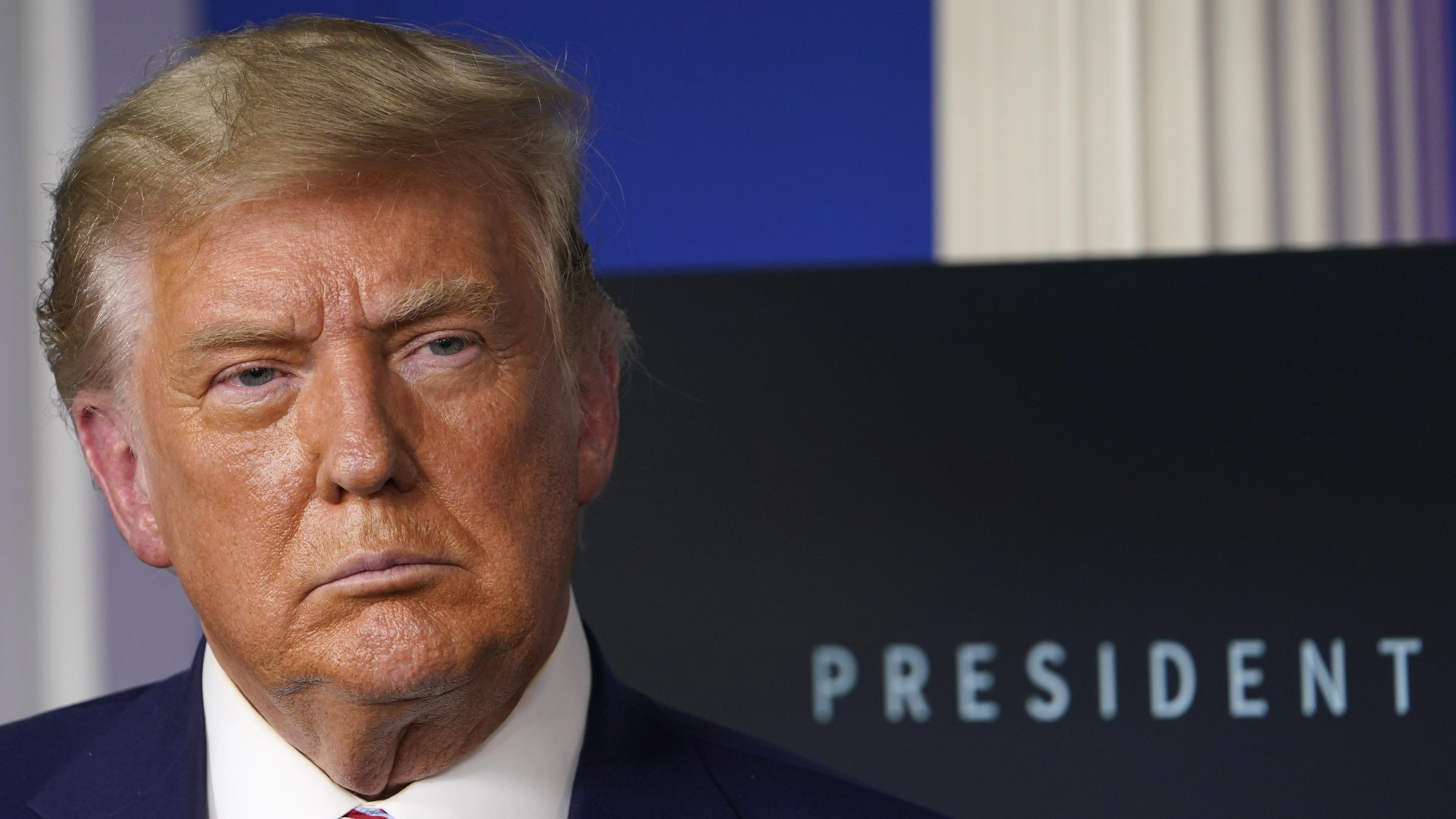 特朗普再次堅稱,自己「輕易」贏得大選,各地的點票程序存在舞弊。美聯社