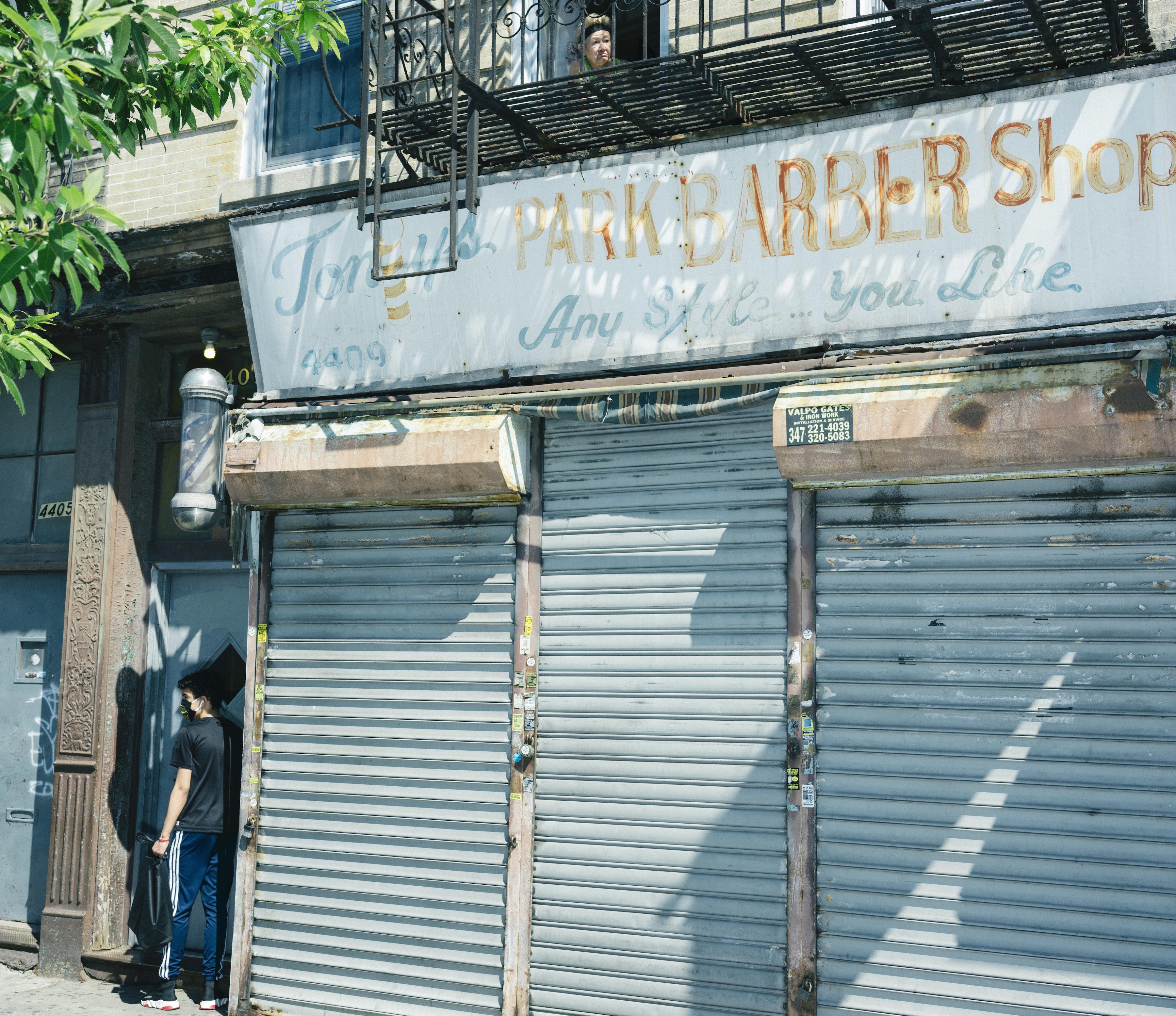 ■紐約及新州街頭到處可見關門或空置的店舖。 Ismail Ferdous/紐約時報