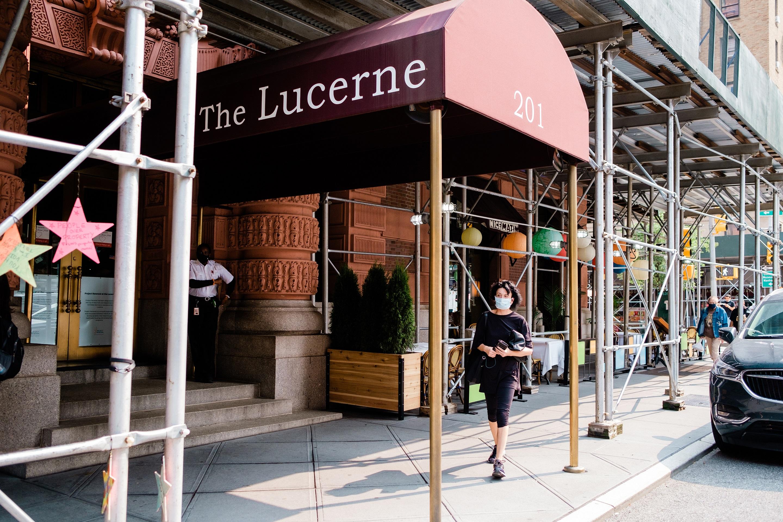 ■上西城Lucerne酒店約200名遊民將會遷 到下城。 Gabriela Bhaskar/紐約時報