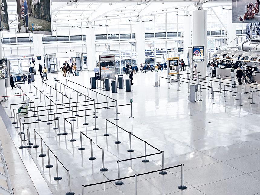 自新冠爆發以來,紐約的航空交通幾乎停頓。Jonah Markowitz/紐約時報