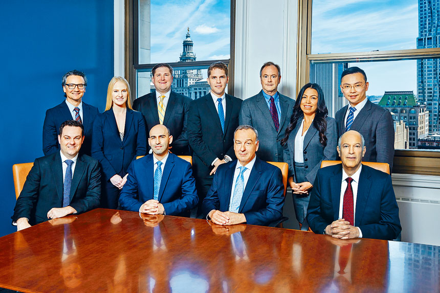 黎保利律師樓有7位律師被評為「超級律師」/「明日之星」。
