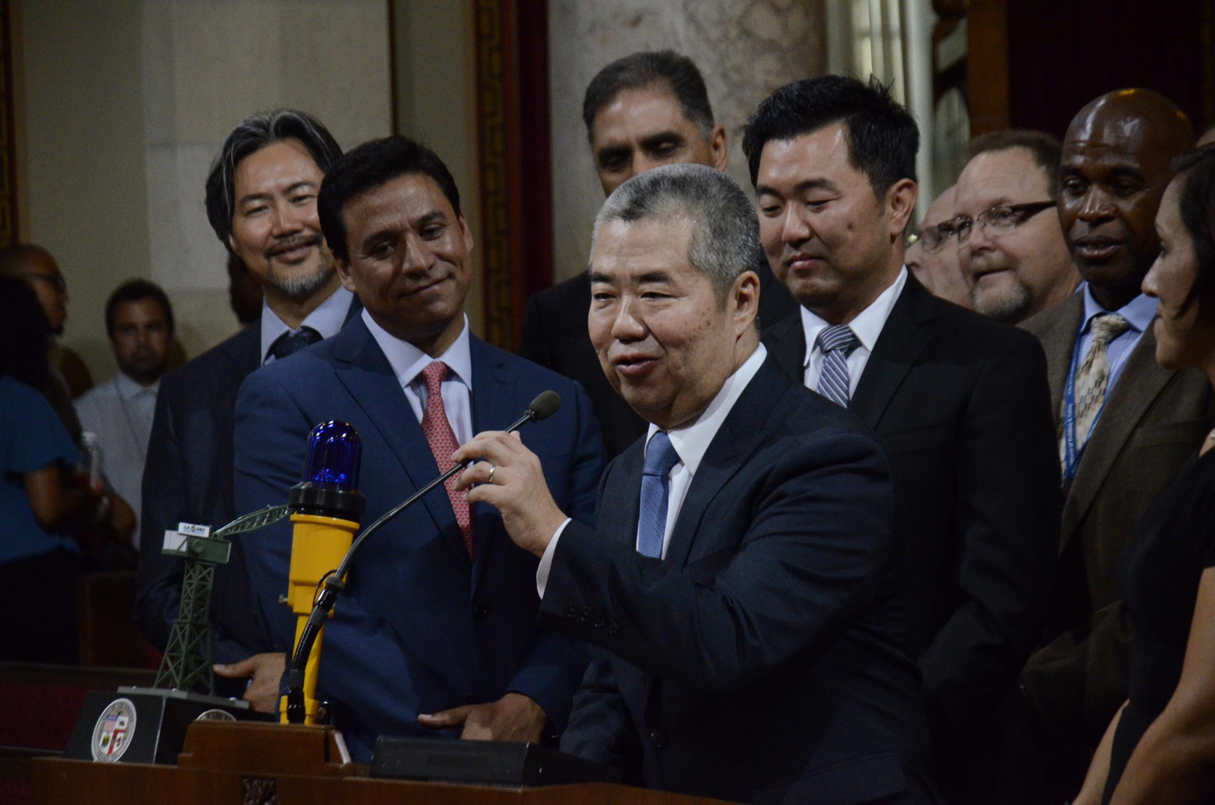 前洛杉磯副市長陳紓樺涉貪腐案被調查。資料照片