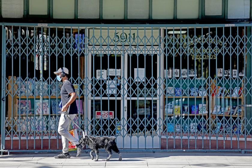 地方小商店受到新冠疫情重創。洛杉磯時報