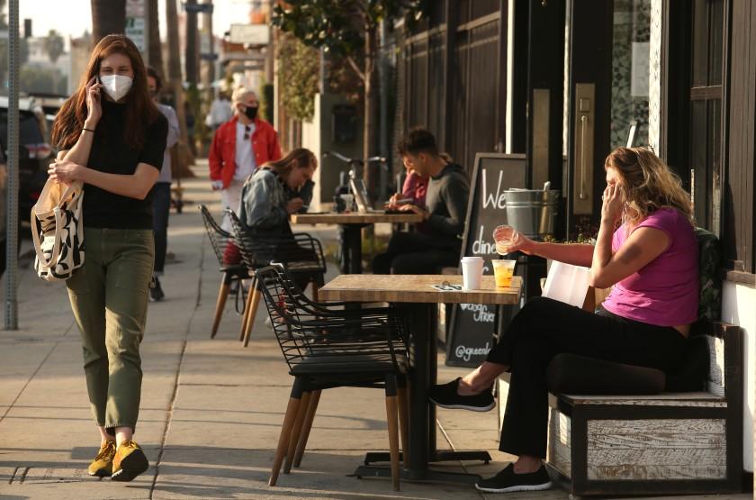 洛杉磯縣餐廳未來幾週內將不得開放戶外用餐區。洛杉磯時報