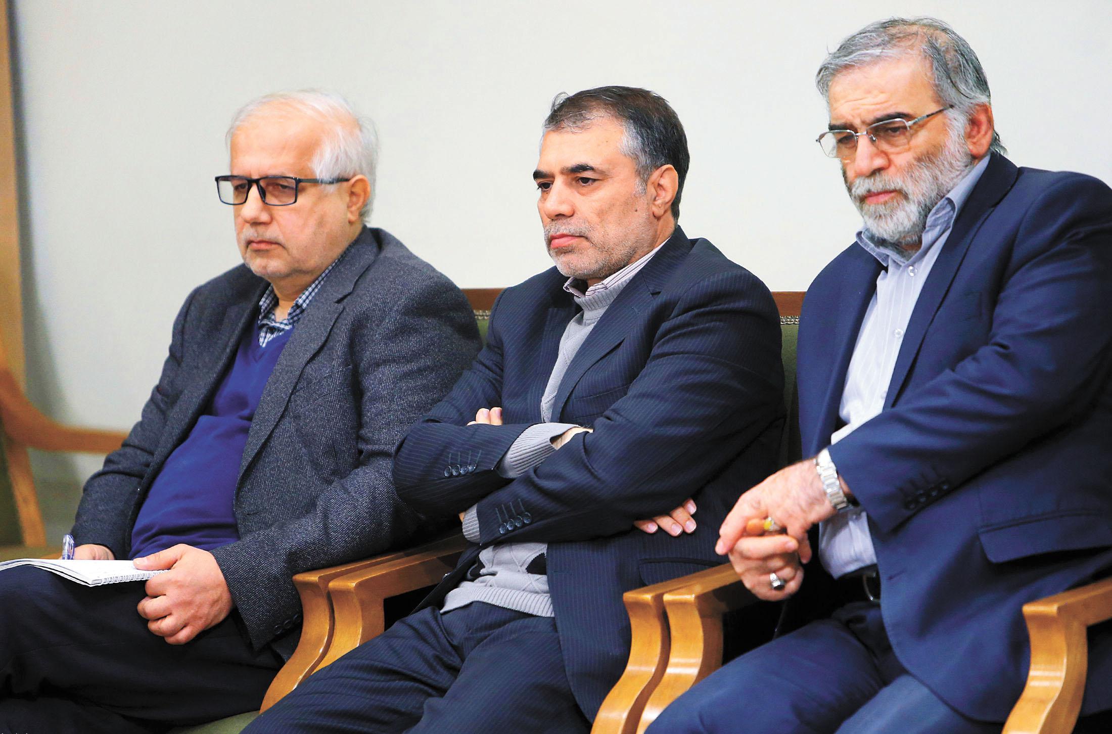 法赫里扎德(右)被指是伊朗核計劃負責人。美聯社