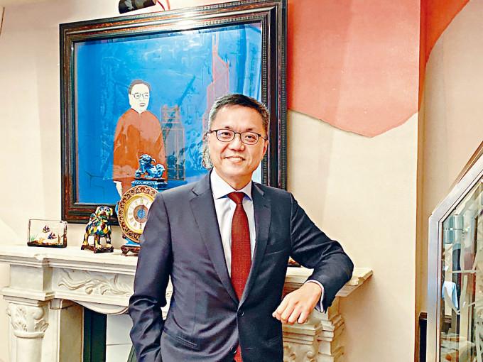 陳銘僑表示,由於市場波動,今年來渣打的金融市場業務表現令人滿意。