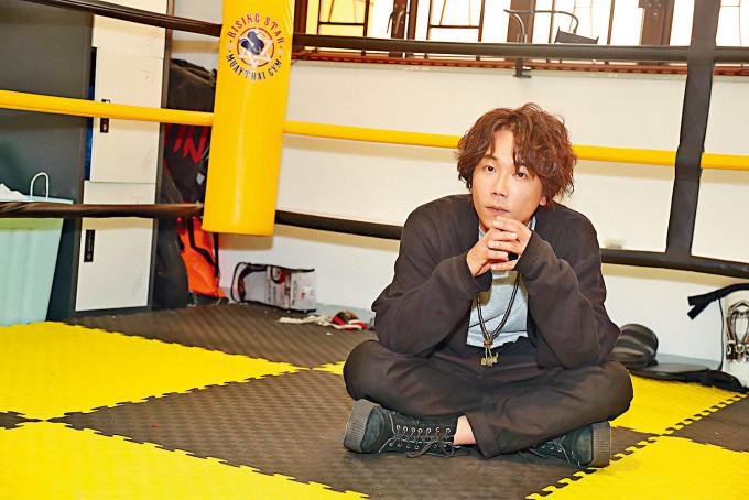 趙善恆自導自演《一秒拳王》。